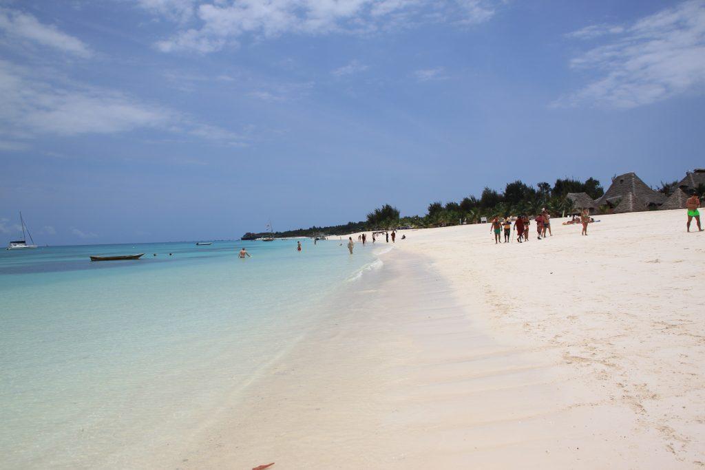 zanzibar kendwa beach